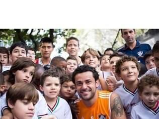 No retorno as Laranjeiras, atacante recebeu o carinho de funcionários do clube e de fãs