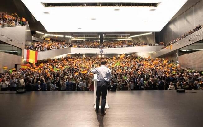 Santiago Abascal é um dos líderes da extrema direita e do Vox e concorre às eleições