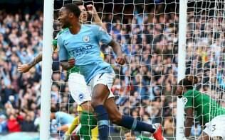 Sterling marca três vezes e City goleia na estreia contra o West Ham