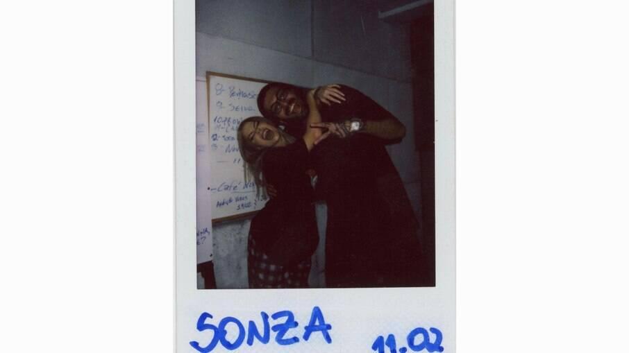 Luisa Sonza e seu produtor Douglas Moda