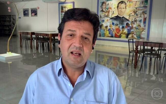 Mandetta diz que Bolsonaro 'está louco para fechar veículos' de imprensa