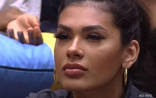 Olhos de Pocah preocupam público do BBB21
