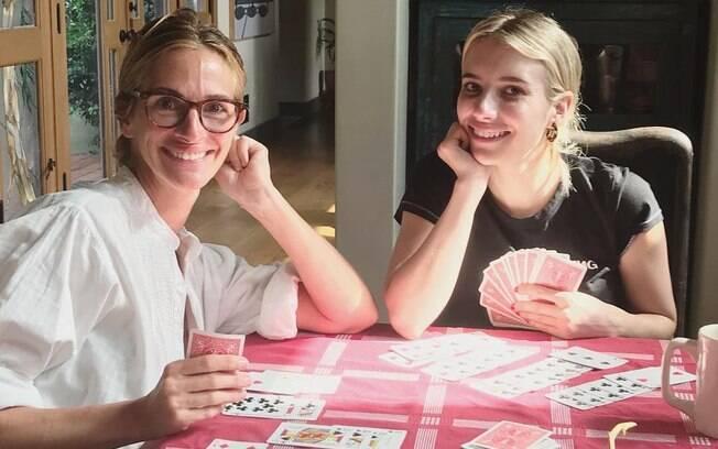 Julia Roberts lamentou e ficou chateada por ter sido criticada por sua aparência em um clique coma sobrinha Emma Roberts no Instagram