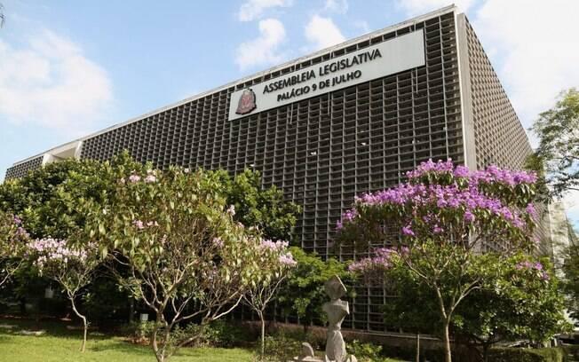 Comissões da Alesp dão aval a projeto que prevê empréstimos e loteria estadual
