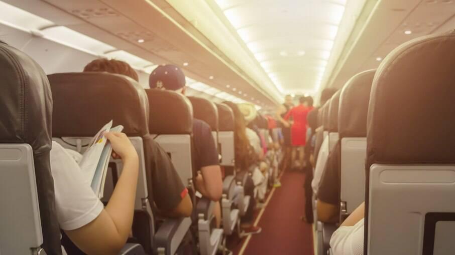 Transporte só será possível em voos sem passageiros