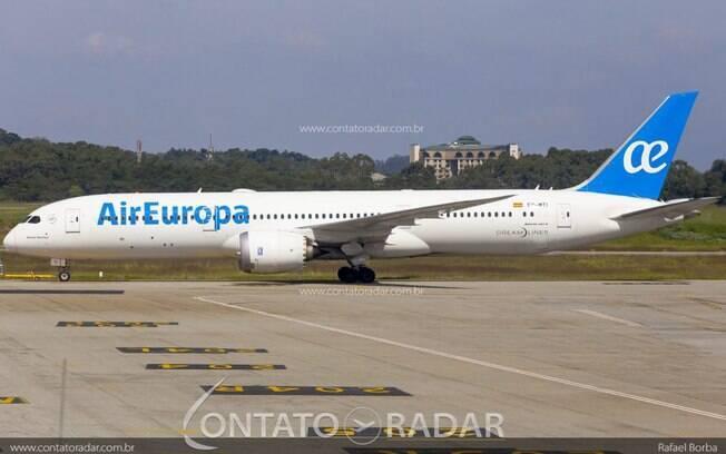 Air Europa adia retorno à Recife