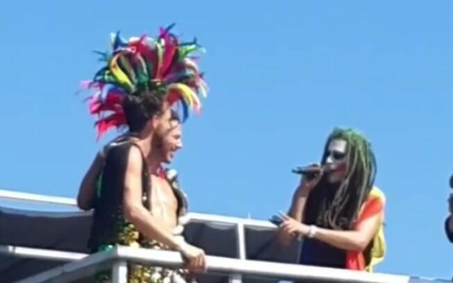 Rafael e Nicolá, enquanto eram 'casados' pelo Coringa