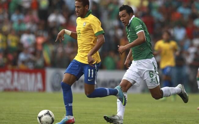 Neymar teve vida fácil contra a fraca defesa  boliviana