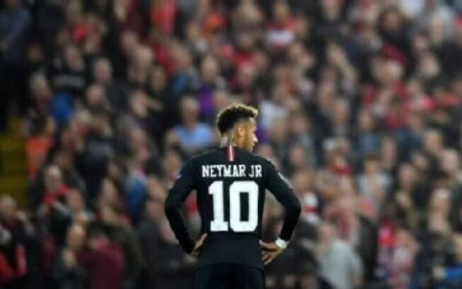 Atuação de Neymar foi criticada pela imprensa francesa