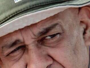 Cildo Meirelles foi acompanhado por filmagem em sua busca sonora