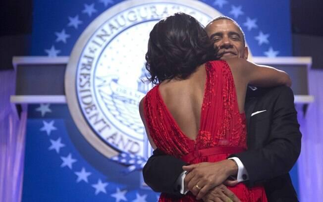 Presidente dos EUA, Barack Obama, e primeira-dama MIchelle dançam em baila da posse em Washington (21/01/2013)