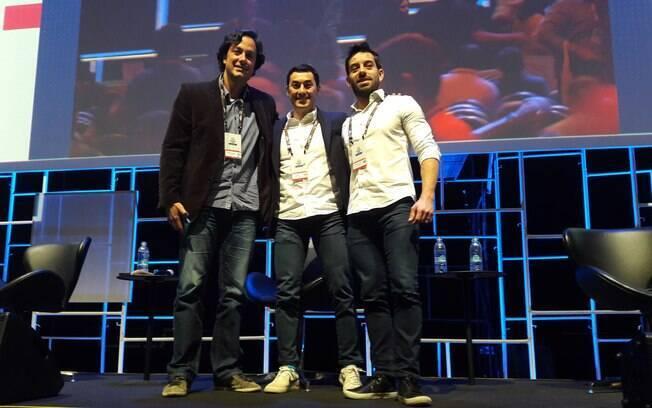 Debate sobre o setor de carros no MeliXP: Caio Ribeiro (Mercado Livre), Douglas Tokuno (Waze) e Marcelo Santiago (GM)