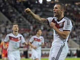 Experiente em Copas, Podolski demonstrou empolgação:
