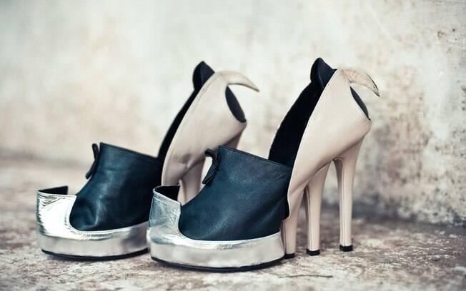eaeb912dd Na lista aparecem desde peças de grifes famosas, como Prada e Marc Jacobs,  até mesmo calçados históricos, datados de 960 a.C