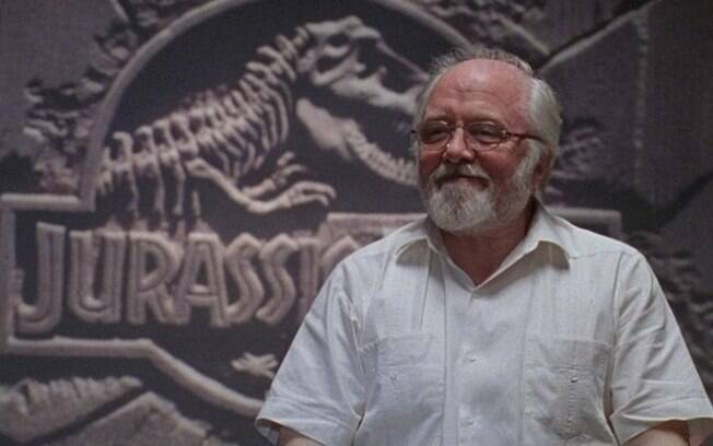 Richard Attenborough, famoso como o personagem John Hammond, cujas ambições levaram à criação do