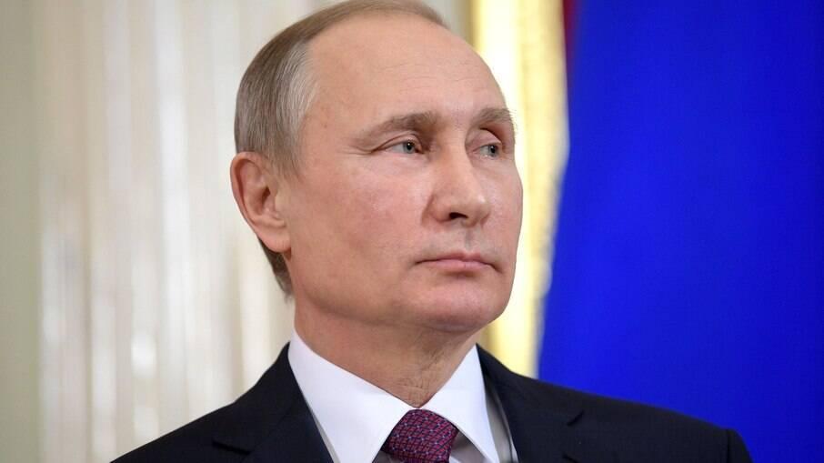 Putin promulga lei que permite sua reeleição até 2036 na Rússia