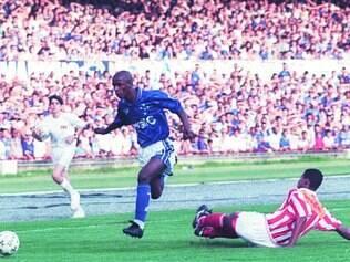Boas lembranças. Final de 1997, vencida pelo Cruzeiro, por 1 a 0, teve quase 133 mil torcedores, marca que nunca será batida