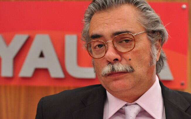 O paspalho Youssef (José Rubens Chachá), de