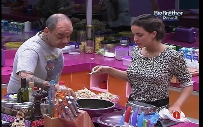 João Carvalho e Laisa lembram do Carnaval do Rio