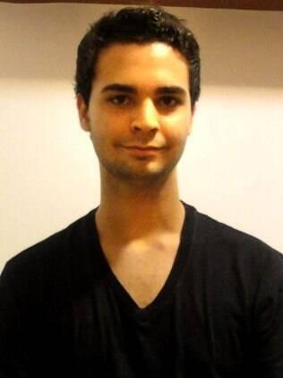 Homossexual, Leonardo Uller sofreu constrangimentos ao tentar doar sangue