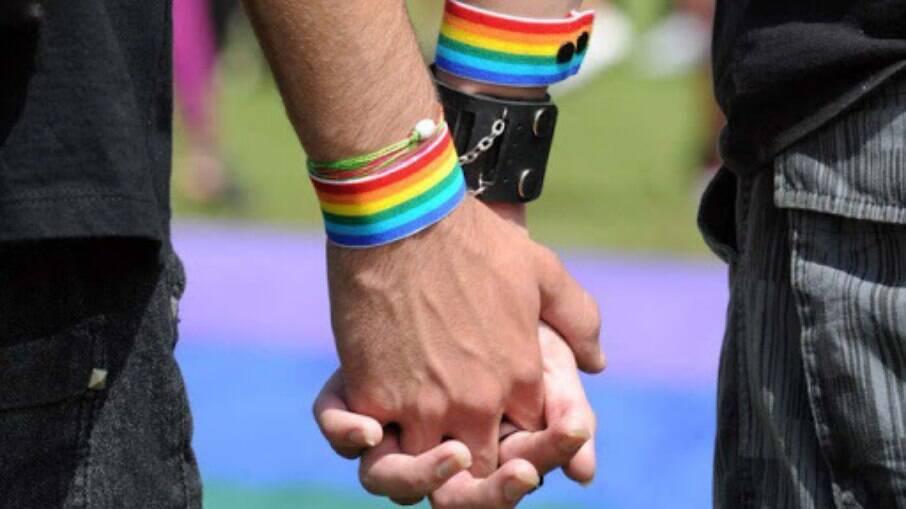 Cores da bandeira LGBT