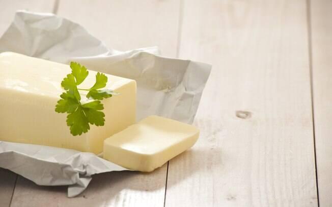 Nutrólogo explica que a manteiga contém vitamina A, D e proteína