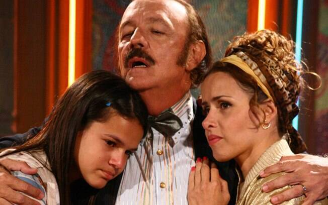 Bruna Marquezine, Ney Latorraca e Leona Cavalli em