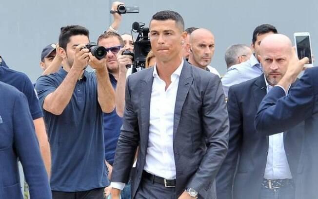 Cristiano Ronaldo chegando na Juventus