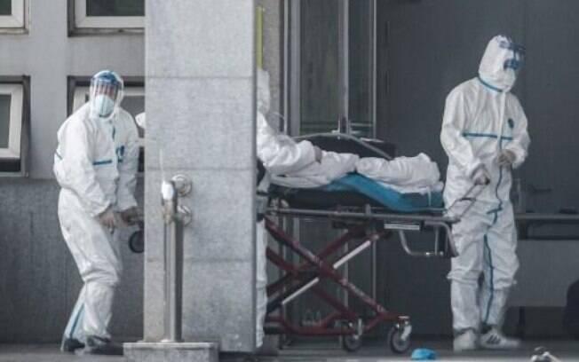 Total de mortes pelo coronavírus chega a 360 na China neste domingo, primeira morte fora do país foi confirmada nas Filipinas