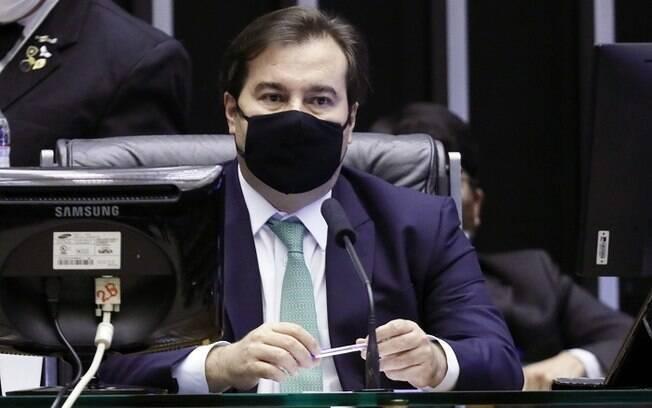 Rodrigo Maia disse que o impeachment do presidente geraria uma crise ainda maior, tanto política quanto de saúde