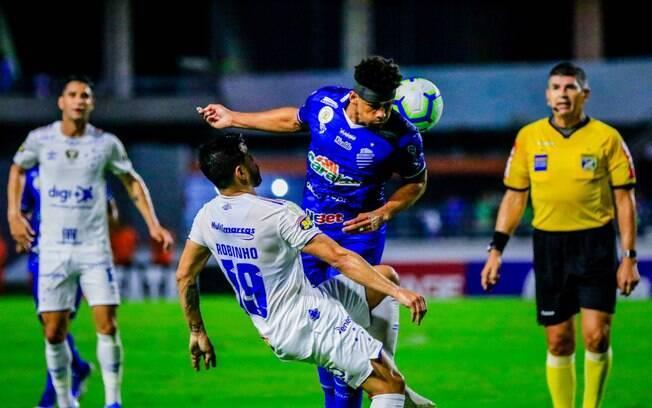 Cruzeiro sofre empate no fim contra o CSA