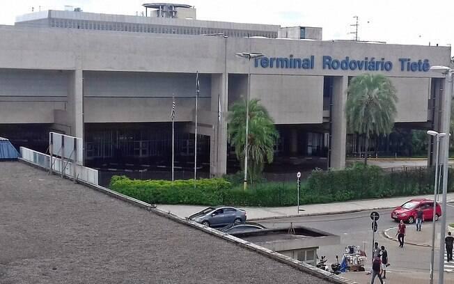 fachada do terminal rodoviário do tietê