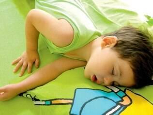 Uma em cada dez crianças ronca regularmente, sendo que até 4% delas têm apneia