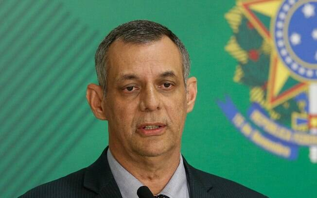 Porta-voz da Presidência, Otávio Rêgo Barros disse que Bolsonaro vai sancionar a MP que chegar do Senado