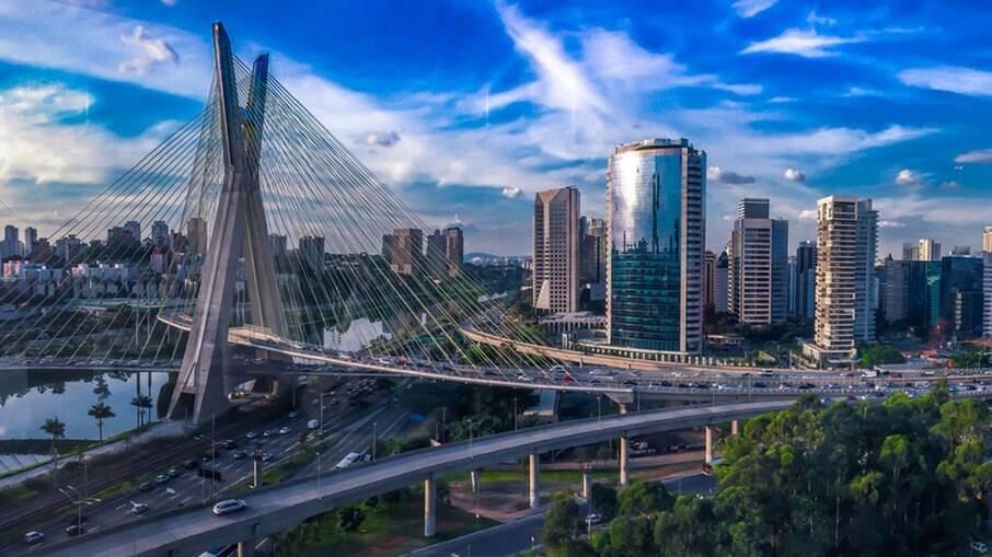 A cidade de São Paulo completa 467 anos nesta segunda-feira, 25