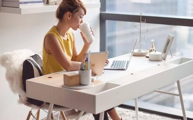 A decoração pode fazer de seu home office um local mais bonito e confortável e deixam o trabalho em casa mais produtivo