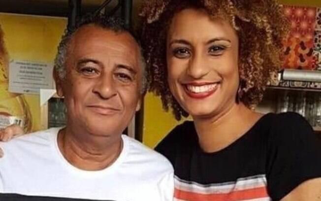 Marielle Franco ao lado do pai, Antonio Francisco da Silva Neto