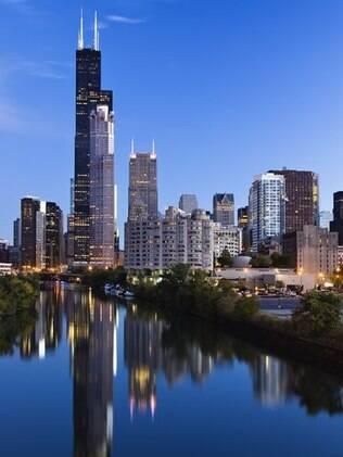 Para ter uma vista panorâmica de Chicago, uma opção é a Sears Tower, com 412 metros de altura