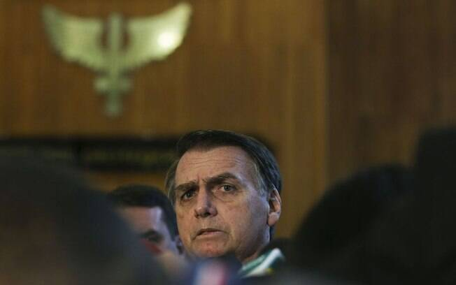 Jair Bolsonaro tomará posse no Planalto em janeiro; antes, presidente eleito passará por cirurgia