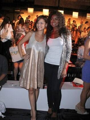 Milena Toscano e Cris Vianna no Fashion Rio