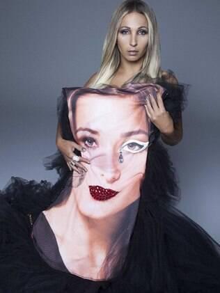 Valesca Popozuda em foto para a revista 'Vogue'