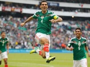 Rafael Marquez comemorou gol que fechou a goleada sobre a Nova Zelândia