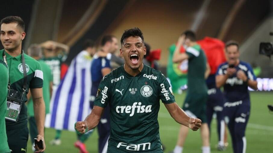 Palmeiras terá de fazer adequações no uniforme