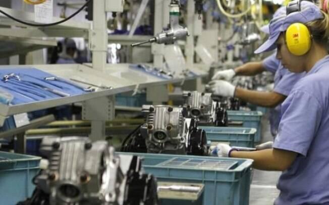 Confiança da indústria atingiu menor nível desde a eleição de outubro, de acordo com a FGV