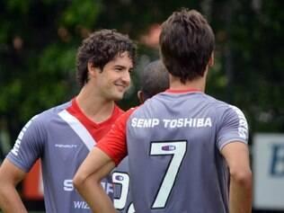 Pato é um dos relacionados do São Paulo para encarar o CSA
