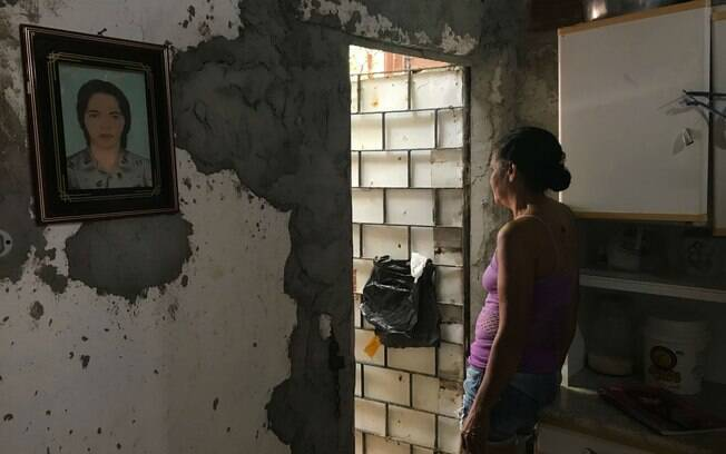 Shirley de Melo casa pobre deficit habitacional