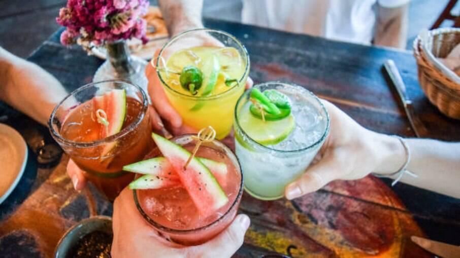 Veja 5 sugestões de drinks para aproveitar a primavera