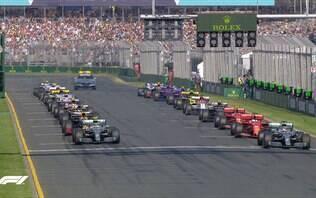 Bottas passa Hamilton na largada, controla corrida e vence GP da Austrália