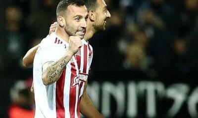 Bem na Grécia, Guilherme não descarta retorno ao Corinthians