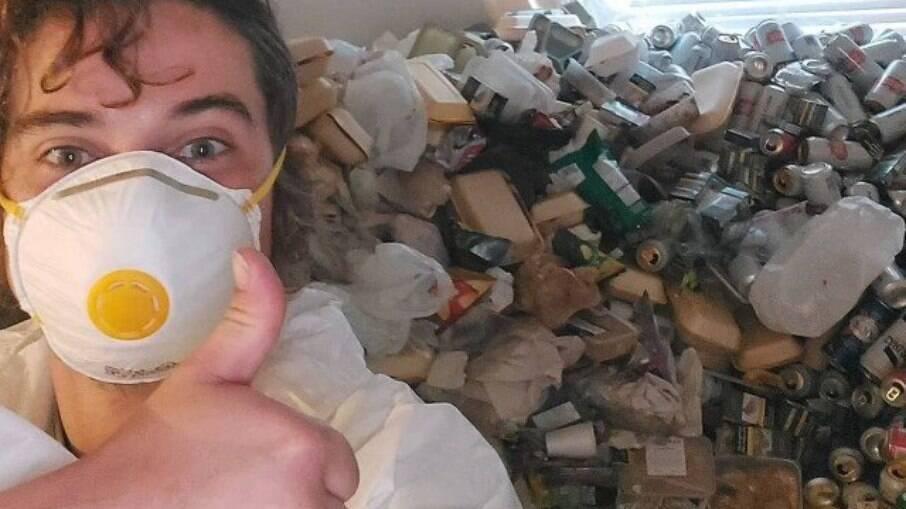 Responsável por limpeza de apartamento deixado com 8 mil latinhas de cerveja e caos